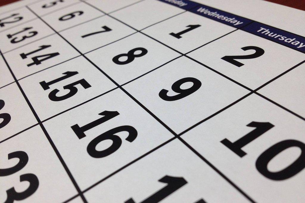 Java Calendar and GregorianCalendar Examples | Dariawan